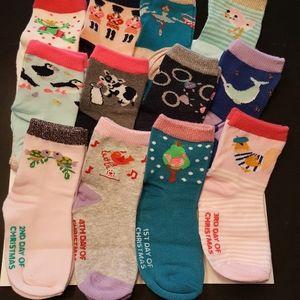 12 Days Of Socks 12 Pairs of Girls Crew Socks Christmas Advent Calendar Sz 2-5T